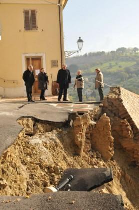 Cartoceto, da regione 1,2 mln per crollo mura