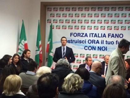 Dopo le pressioni e gli ultimatum, arriva l'addio a Forza Italia di Tarsi, Salucci & C.