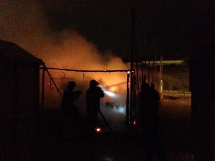 Incendio in un deposito ai Bagni Arzilla di Fano