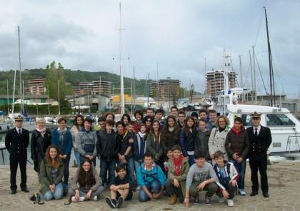 """La Guardia Costiera incontra gli studenti del """"Leopardi"""""""