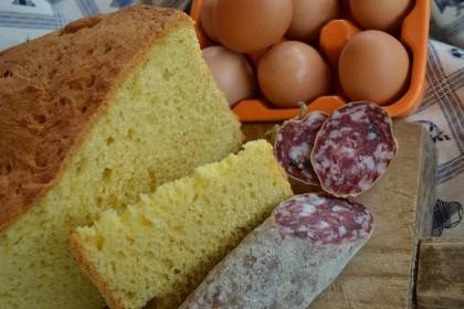 Pasqua: tavola ricca nelle Marche, con colazione 'robusta'. Salumi, pizze salate, agnello e tagliolini secondo tradizione