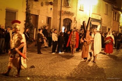 Venerdì Santo a Saltara la Processione del Cristo morto