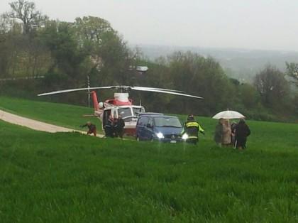 Cercatore di asparagi cade e muore in un dirupo profondo 30 metri – VIDEO