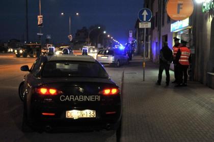 Tenta il suicidio e i carabinieri gli salvano la vita