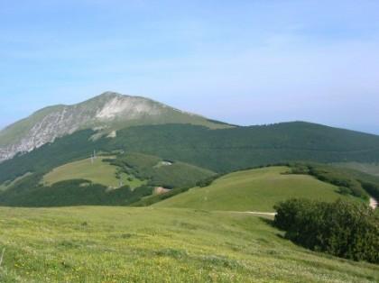 Due rocciatori bloccati sul Monte Catria. Salvati prima di un forte temporale