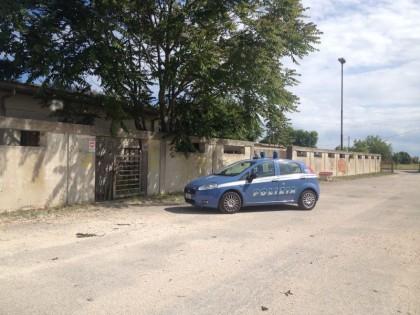 Ex mattatoio, polizia denuncia due persone dedite a furti nelle abitazioni