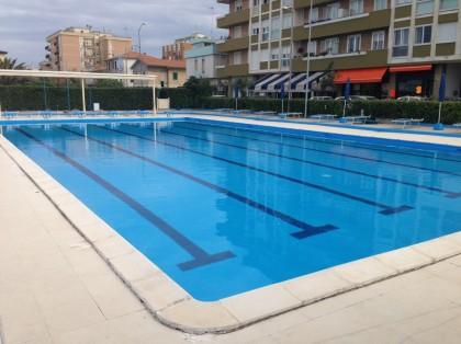 Sabato riapre la piscina in Sassonia a Fano