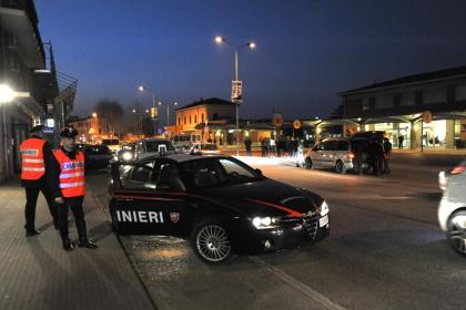 Droga: Cc Fano arrestano due corrierieri con 200 gr eroina