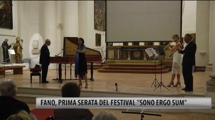 """Fano, prima serata del Festival """"Sono Ergo Sum"""" – VIDEO"""