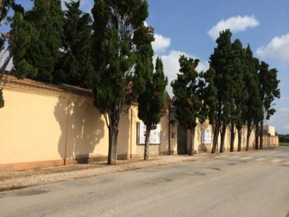 Fano, atto vandalico al Cimitero di Rosciano