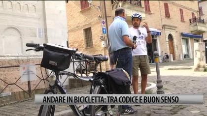 Andare in bicicletta, tra codice e buon senso – VIDEO
