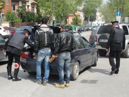 Fano, arrestati dai carabinieri quattro romeni per furto aggravato
