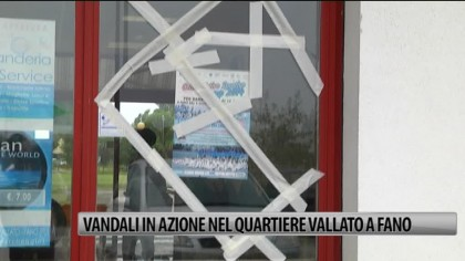 Vandali in azione al Vallato. Stanchi commercianti e residenti – VIDEO