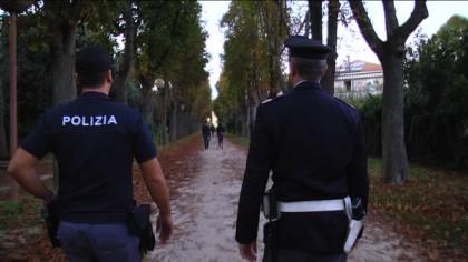 Arrestato latitante alla stazione ferroviaria di Fano. Seri soddisfatto dei successi ottenuti dalle forze dell'ordine – VIDEO