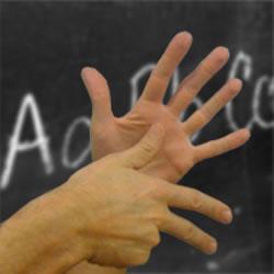"""LIS (Lingua dei Segni Italiana): corso di Sensibilizzazione alla scuola """"G.Padalino"""""""