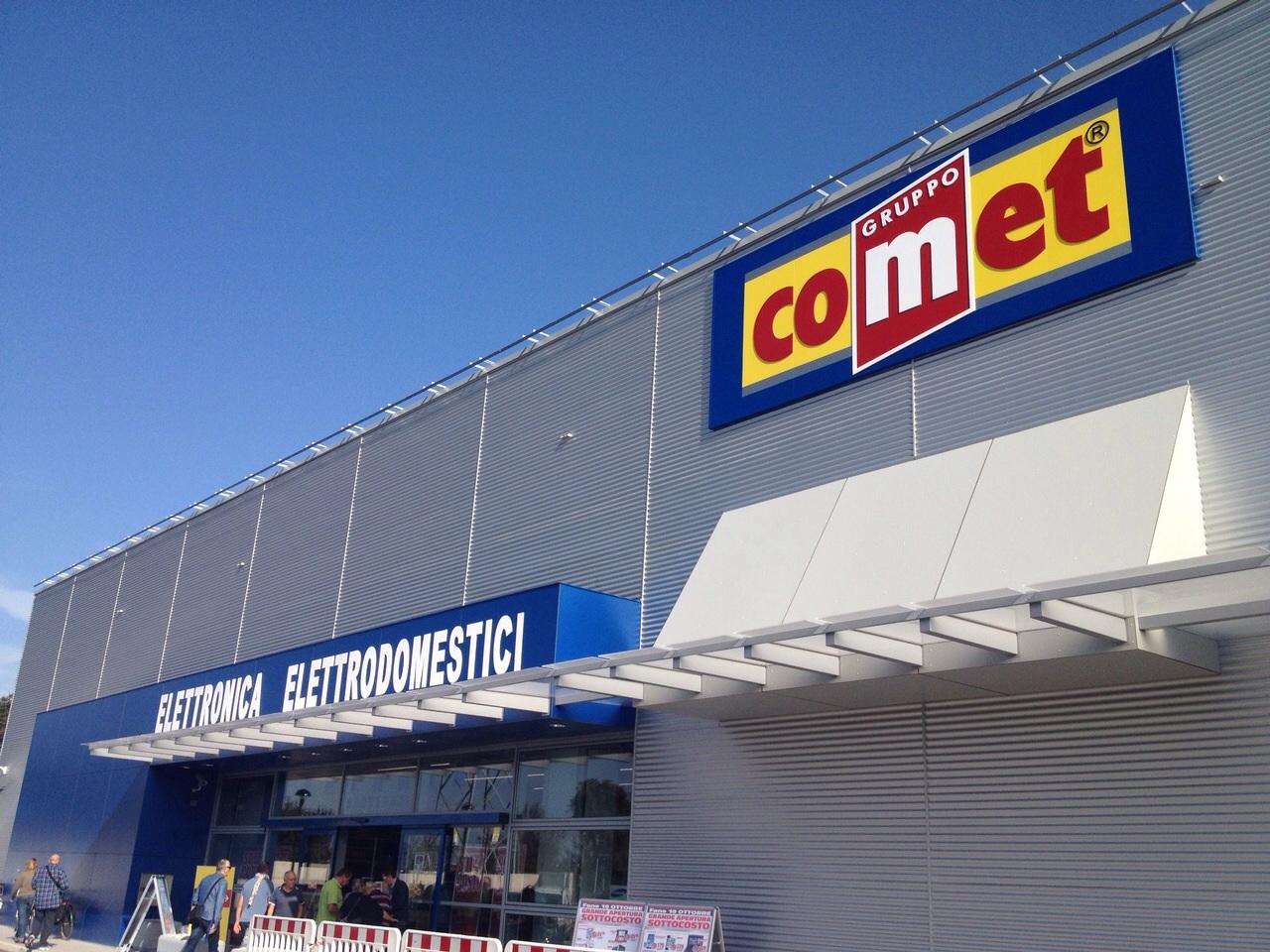 Preso d assalto il nuovo negozio comet a fano l azienda for Arredo ingross 3 dove si trova
