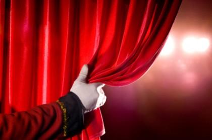 """Al via il corso di Teatro a San Costanzo, """"astenersi aspiranti star del cinema, della televisione e veline!"""""""