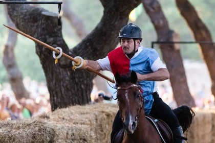 """Tutto pronto per il """"Trofeo dei Castelli"""". Da Fano parte la Contrada di San Sebastiano"""