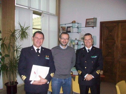 L'Ammiraglio Direttore Marittimo delle Marche in visita alla Guardia Costiera di Pesaro
