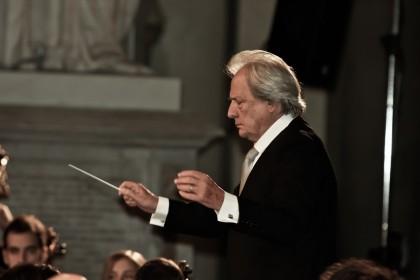 Teatro  della Fortuna: concerto di Capodanno dedicato a Riz Ortolani