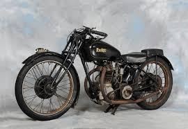 2015: torna la tassa di proprietà per le moto di 20 anni
