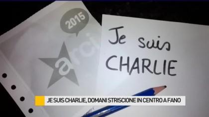 """""""Je Suis Charlie"""", oggi striscione di solidarietà in centro a Fano – VIDEO"""