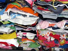 Pesaro Povera rilancia la raccolta vestiario per i profughi accolti nel territorio provinciale