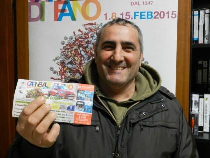 Lotteria, ecco chi saluta il Carnevale a bordo della Opel Corsa