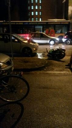 Auto contro moto in viale Gramsci a Fano