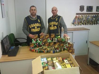 Cercano documenti e trovano quasi 3mila munizioni, denunciato imprenditore