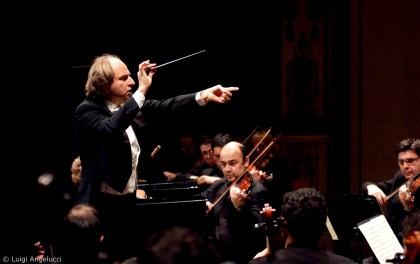 Sinfonia N.9 di Beethoven al Teatro della Fortuna di Fano