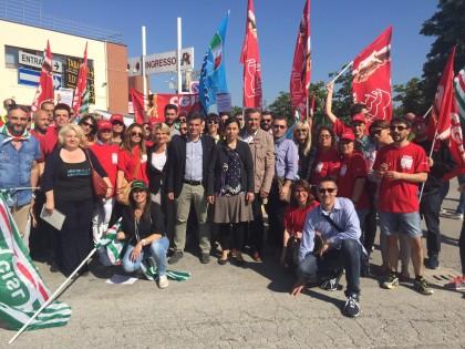 Lavoratori Auchan in sciopero per salvare il posto di lavoro