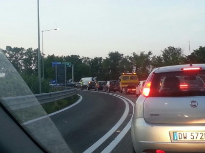 Incidente in A14. Morto motociclista