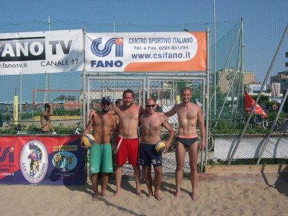 "24 le coppie di atleti per il ""beach-volley CSI"""
