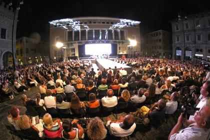 Domani la sfilata delle stelle in piazza del Popolo