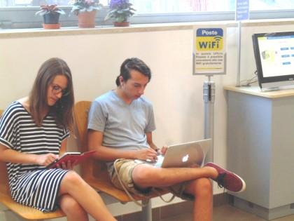 Nell'ufficio postale di Fano arriva il WiFi gratuito