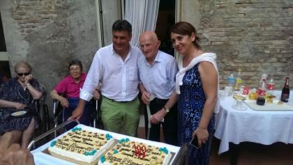 Bruno Gambini spegne 100 candeline a Familia Nova – FOTO