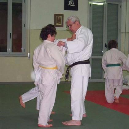 Judo Club Pesaro festeggia il Maestro 90enne Ezechiele Romagnoli
