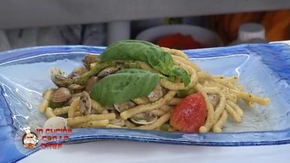In Cucina con lo Chef – Passatelli vongole e pesto di basilico – p5