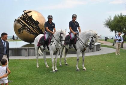 Polizia a Cavallo per il Rossini Opera Festival