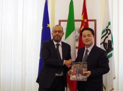 """Mastrovincenzo: """"Le Marche e la Cina legate da un'amicizia millenaria"""""""