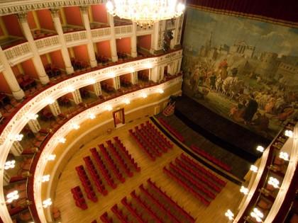 Teatroltre, venerdi a S.Lorenzo in Campo.