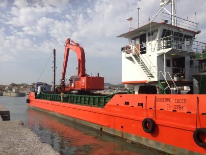 A fine Ottobre partiranno i lavori di dragaggio del porto