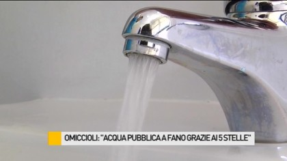 """Omiccioli: """"Acqua pubblica a Fano grazie ai 5 stelle"""" – VIDEO"""