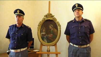 Ritrovato in un cimitero il quadro di Sant'Anna, rubato in Chiesa ad agosto – VIDEO