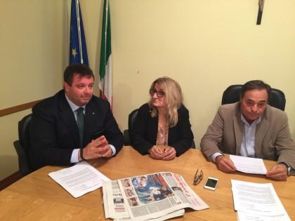 Fusione, Carloni chiede un incontro con il Prefetto e la sospensione degli atti