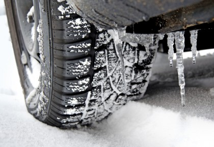 Auto: dal 15 novembre sarà obbligatorio l'utilizzo di gomme invernali