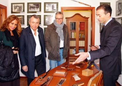 Ceriscioli Franco Lauro con la compagna visitano con il sindaco la casa museo di Mattei