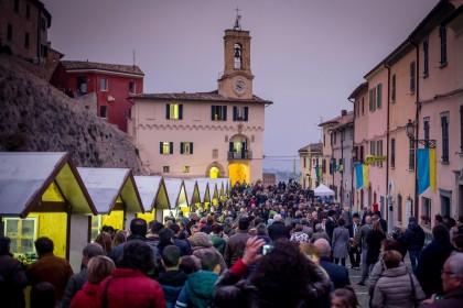 """Bilancio positivo per """"Cartoceto Dop, Il Festival"""": da festa dell'olio ad evento culturare"""