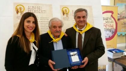 50° anniversario, targa del consiglio regionale alla pro loco di San Costanzo
